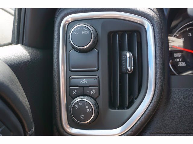 2020 Chevrolet Silverado 1500 Crew Cab 4x2, Pickup #102506 - photo 13
