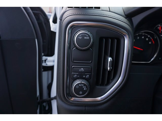 2020 Chevrolet Silverado 1500 Double Cab 4x2, Pickup #102548 - photo 13