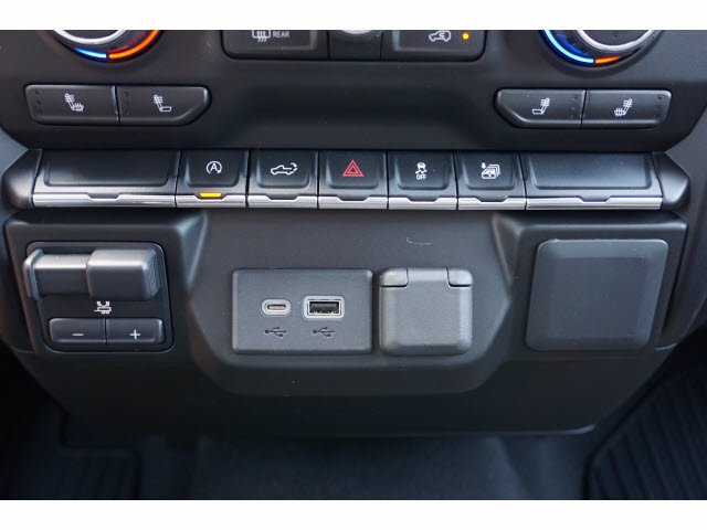 2020 Chevrolet Silverado 1500 Double Cab 4x2, Pickup #102548 - photo 17