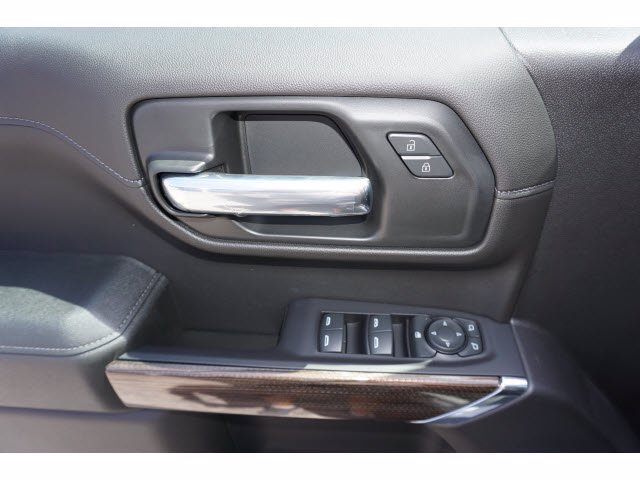 2020 Chevrolet Silverado 1500 Crew Cab 4x4, Pickup #102576 - photo 14