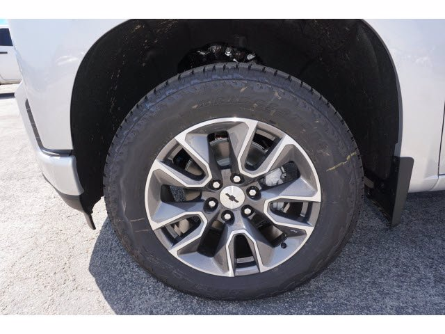 2020 Chevrolet Silverado 1500 Crew Cab 4x4, Pickup #102576 - photo 20