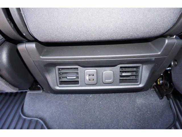 2020 Chevrolet Silverado 1500 Crew Cab 4x4, Pickup #102596 - photo 14
