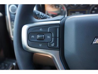 2020 Chevrolet Silverado 1500 Crew Cab 4x4, Pickup #102596 - photo 17