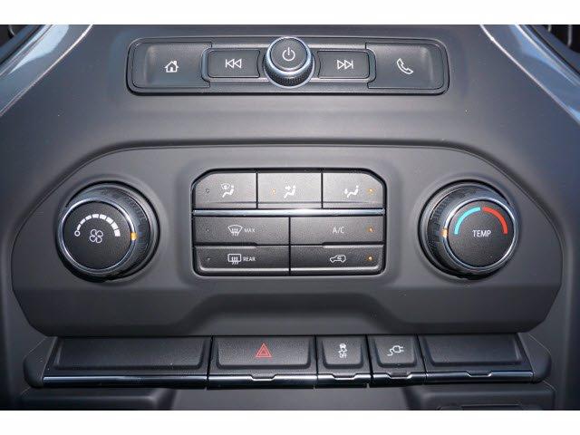 2020 Chevrolet Silverado 3500 Regular Cab DRW 4x4, Knapheide PGNB Gooseneck Platform Body #102671 - photo 18