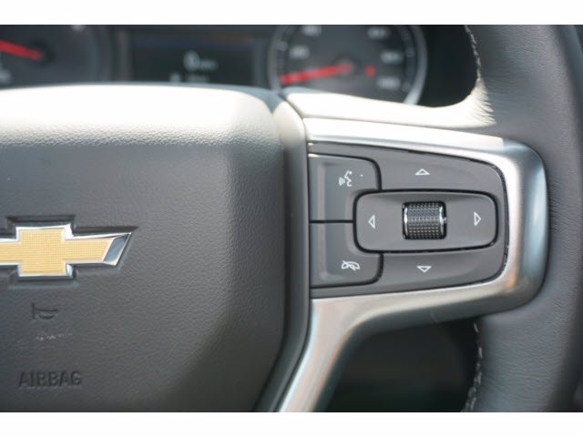 2020 Chevrolet Silverado 1500 Crew Cab RWD, Pickup #102739 - photo 18