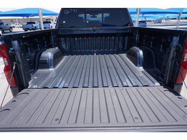 2020 Chevrolet Silverado 1500 Crew Cab 4x4, Pickup #102741 - photo 19