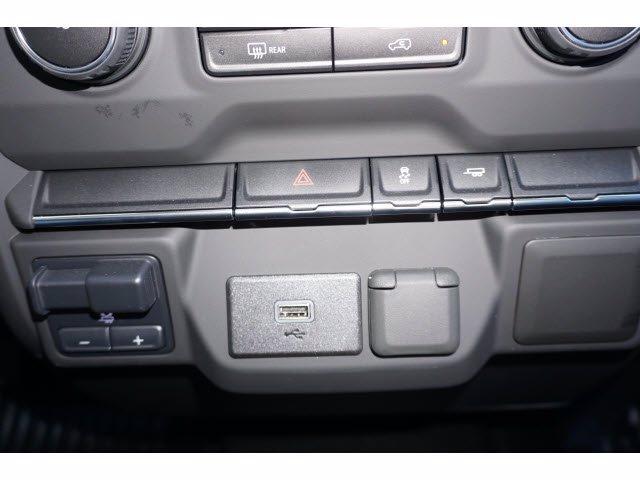 2020 Chevrolet Silverado 2500 Double Cab 4x2, Royal Service Body #102782 - photo 18