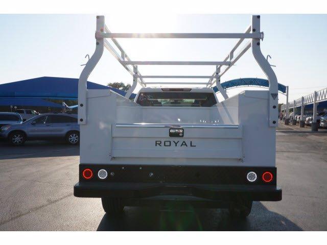 2020 Chevrolet Silverado 2500 Double Cab 4x2, Royal Service Body #102782 - photo 7