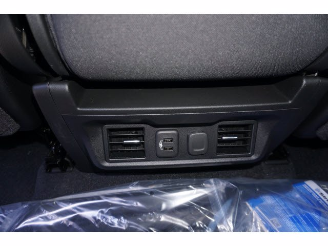 2020 Chevrolet Silverado 1500 Crew Cab 4x4, Pickup #102850 - photo 16