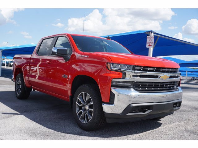 2020 Chevrolet Silverado 1500 Crew Cab 4x4, Pickup #102850 - photo 3