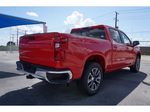 2020 Chevrolet Silverado 1500 Crew Cab 4x4, Pickup #102850 - photo 4