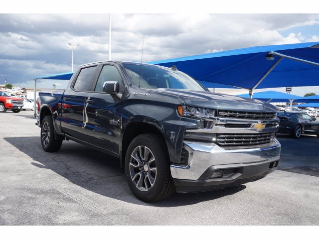 2020 Chevrolet Silverado 1500 Crew Cab RWD, Pickup #102855 - photo 3