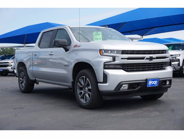 2020 Chevrolet Silverado 1500 Crew Cab 4x4, Pickup #102892 - photo 2