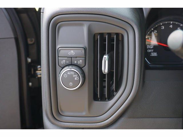 2020 Chevrolet Silverado 1500 Crew Cab 4x2, Pickup #102893 - photo 13