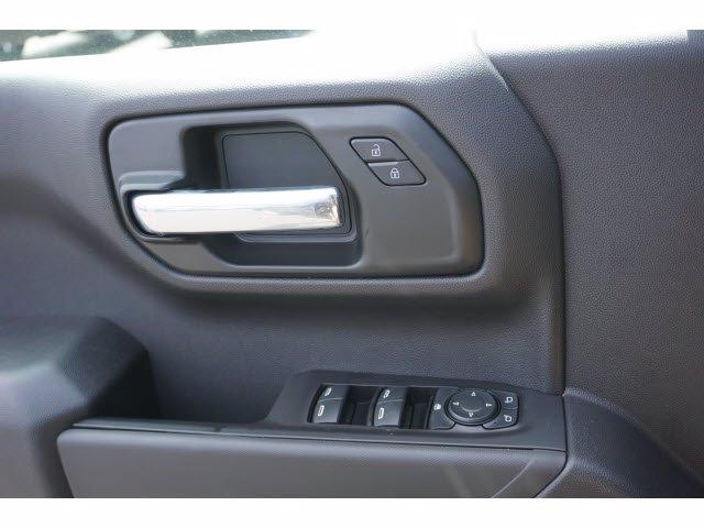 2020 Chevrolet Silverado 1500 Crew Cab 4x2, Pickup #102893 - photo 14