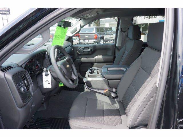2020 Chevrolet Silverado 1500 Crew Cab 4x2, Pickup #102893 - photo 17