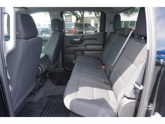 2020 Chevrolet Silverado 1500 Crew Cab 4x2, Pickup #102893 - photo 18