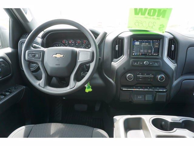 2020 Chevrolet Silverado 1500 Crew Cab 4x2, Pickup #102893 - photo 5