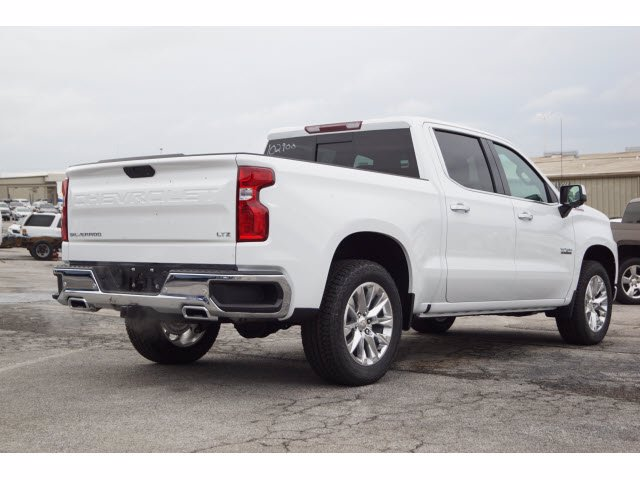 2020 Chevrolet Silverado 1500 Crew Cab 4x4, Pickup #102900 - photo 4