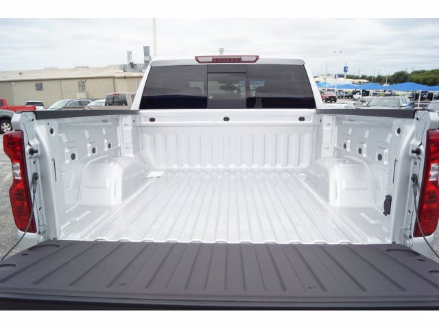2020 Chevrolet Silverado 1500 Crew Cab RWD, Pickup #102934 - photo 20
