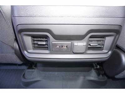 2020 Chevrolet Silverado 1500 Crew Cab 4x4, Pickup #102944 - photo 17