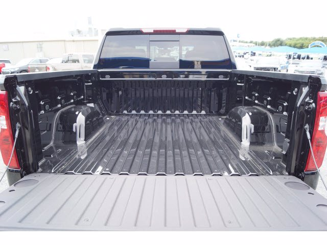 2020 Chevrolet Silverado 1500 Crew Cab RWD, Pickup #102955 - photo 20
