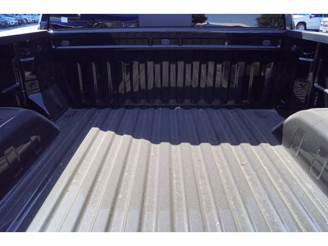 2020 Chevrolet Silverado 1500 Crew Cab 4x4, Pickup #102964 - photo 15