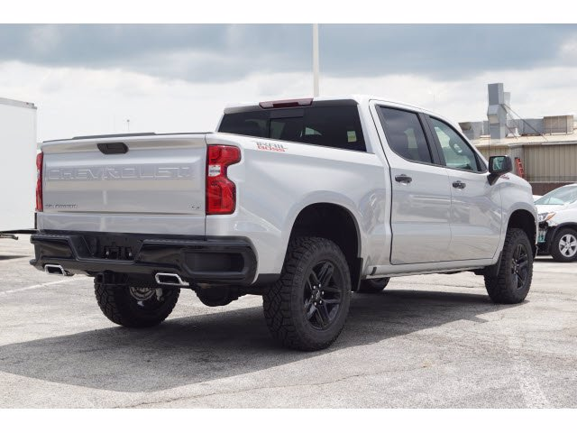 2020 Chevrolet Silverado 1500 Crew Cab 4x4, Pickup #102976 - photo 4