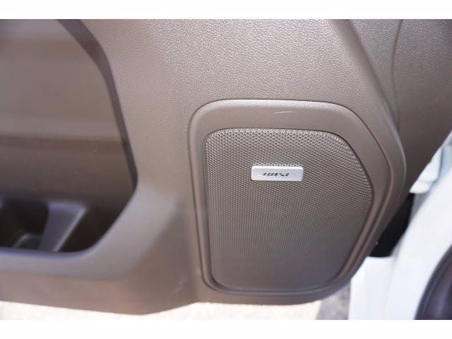 2020 Chevrolet Silverado 1500 Crew Cab 4x4, Pickup #102979 - photo 11