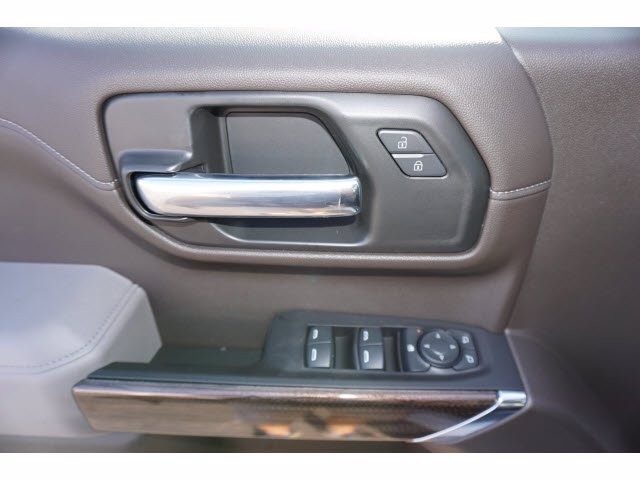 2020 Chevrolet Silverado 1500 Crew Cab 4x4, Pickup #102979 - photo 12