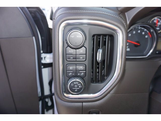 2020 Chevrolet Silverado 1500 Crew Cab 4x4, Pickup #102979 - photo 13