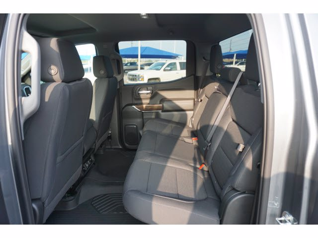 2020 Chevrolet Silverado 1500 Crew Cab 4x4, Pickup #103003 - photo 18