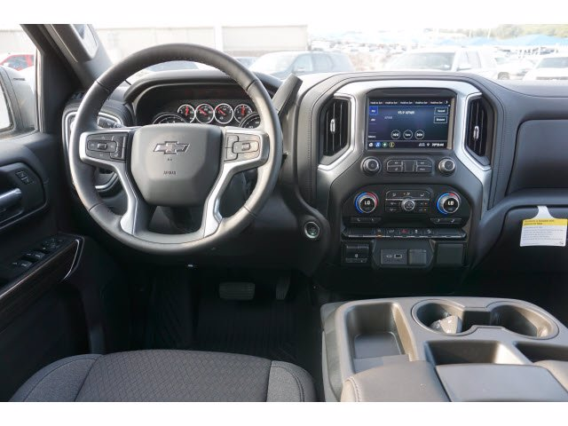 2020 Chevrolet Silverado 1500 Crew Cab 4x4, Pickup #103003 - photo 5
