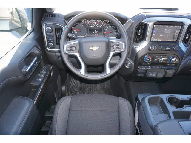 2020 Chevrolet Silverado 1500 Crew Cab 4x4, Pickup #103025 - photo 7