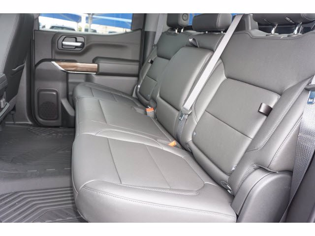 2020 Chevrolet Silverado 1500 Crew Cab 4x4, Pickup #103067 - photo 10
