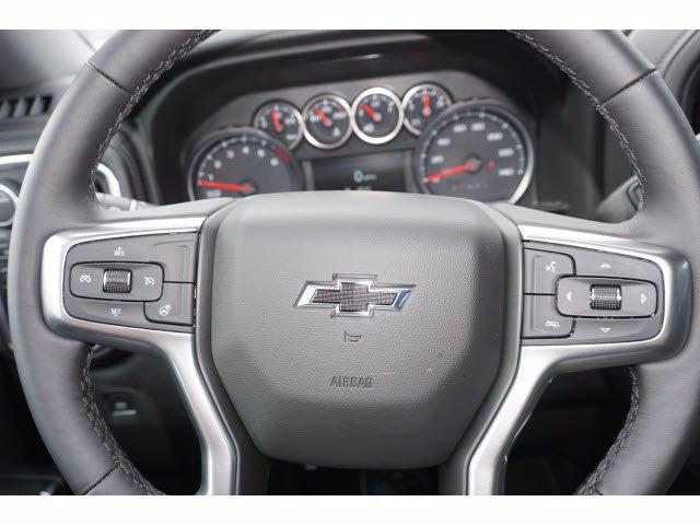 2020 Chevrolet Silverado 1500 Crew Cab 4x4, Pickup #103067 - photo 17
