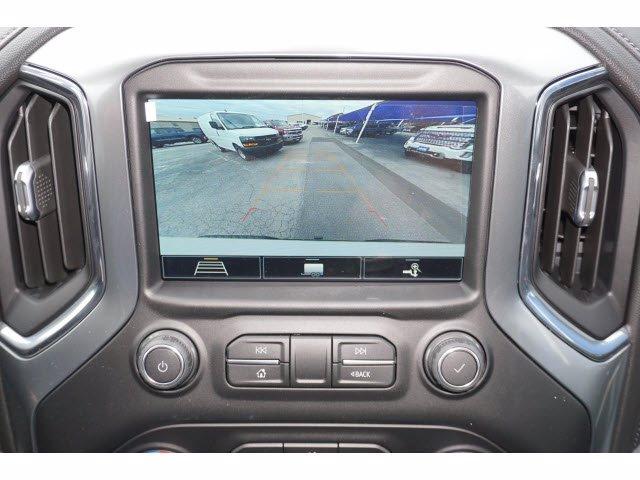 2020 Chevrolet Silverado 1500 Crew Cab 4x4, Pickup #103067 - photo 6