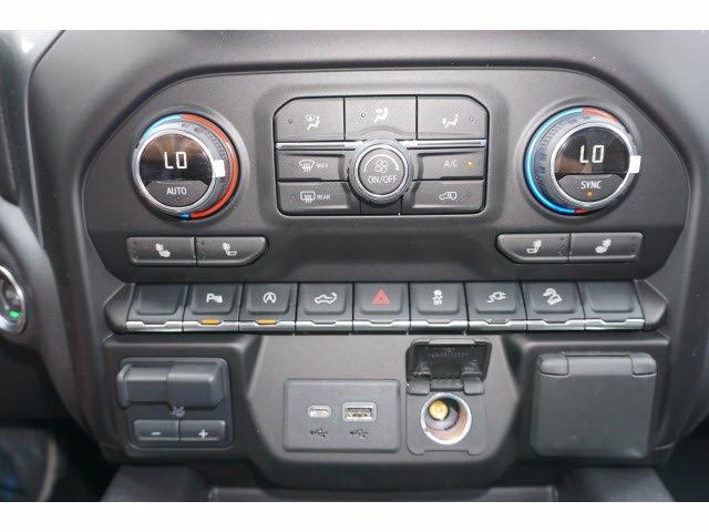 2020 Chevrolet Silverado 1500 Crew Cab 4x4, Pickup #103067 - photo 7