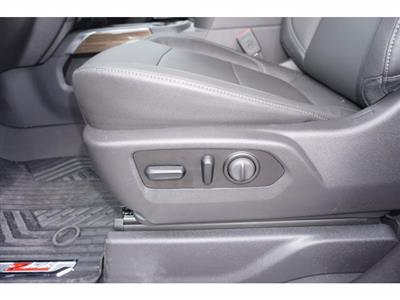 2020 Chevrolet Silverado 1500 Crew Cab 4x4, Pickup #103067 - photo 12