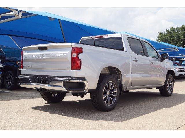 2020 Chevrolet Silverado 1500 Crew Cab 4x2, Pickup #103081 - photo 4