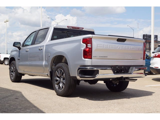 2020 Chevrolet Silverado 1500 Crew Cab 4x2, Pickup #103081 - photo 2