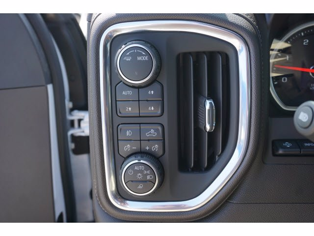 2020 Chevrolet Silverado 3500 Crew Cab 4x4, Pickup #103104 - photo 14