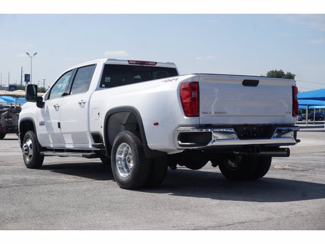 2020 Chevrolet Silverado 3500 Crew Cab 4x4, Pickup #103104 - photo 2