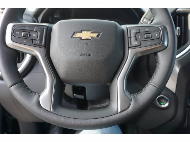 2020 Chevrolet Silverado 1500 Crew Cab 4x4, Pickup #103105 - photo 16