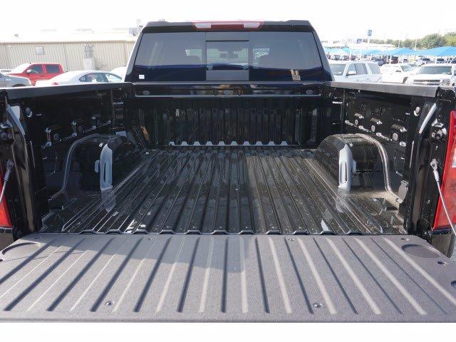 2020 Chevrolet Silverado 1500 Crew Cab 4x4, Pickup #103105 - photo 20
