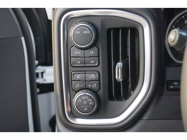 2020 Chevrolet Silverado 1500 Crew Cab 4x4, Pickup #103106 - photo 15