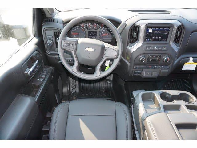 2020 Chevrolet Silverado 3500 Crew Cab DRW RWD, Knapheide PGNB Gooseneck Platform Body #103158 - photo 9