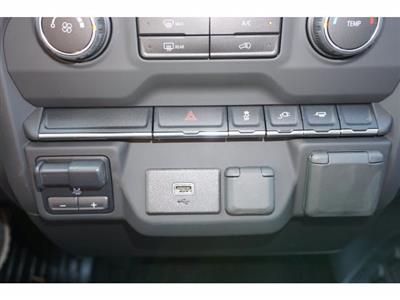 2020 Chevrolet Silverado 3500 Crew Cab DRW RWD, Knapheide PGNB Gooseneck Platform Body #103169 - photo 15