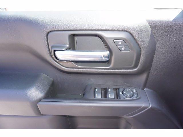 2020 Chevrolet Silverado 1500 Crew Cab 4x4, Pickup #103203 - photo 14