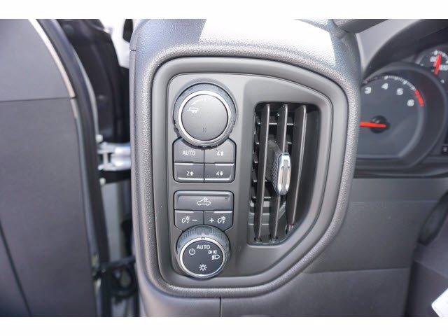 2020 Chevrolet Silverado 1500 Crew Cab 4x4, Pickup #103203 - photo 15